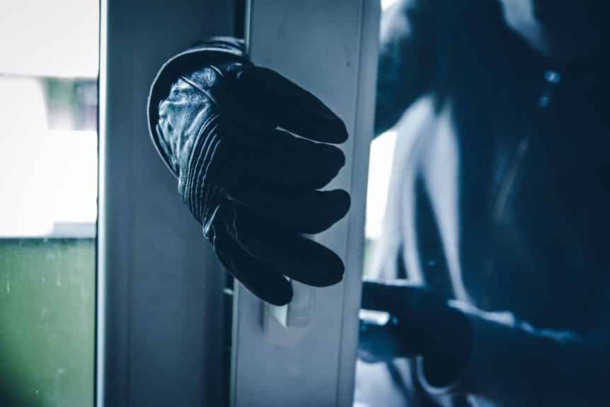 Common Home Security Mistakes Frase Protection